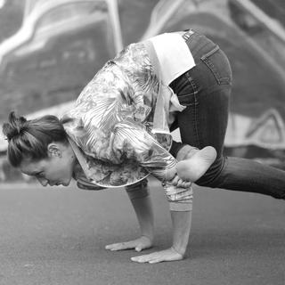 Meditation name: Come Affrontare e Superare le Sfide della Vita – Intervista con Sara Bigatti de La Scimmia Yoga