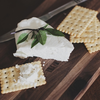 Meditation name: Mindful Eating Meditation: Cheese & Crackers