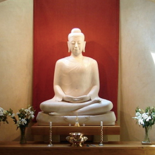 Meditation name: Every Moment is a Dhamma Door