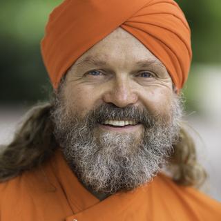 Meditation teacher: Dada Nabhaniilananda