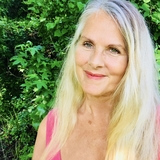 Meditation teacher: Glenda Cedarleaf
