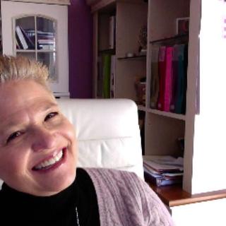 Meditation teacher: Zoetic Workshops