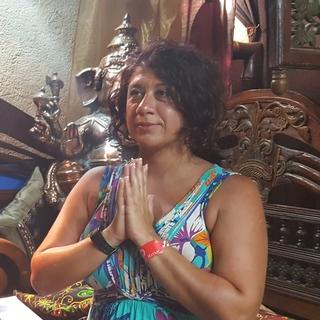 Meditation teacher: Kathy Hadizadeh Mehr