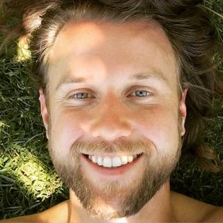 Meditation teacher: Lou Redmond