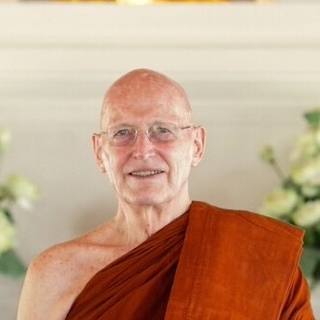 Meditation teacher: Ajahn Sumedho