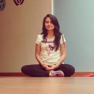 Meditation teacher: Xue Neisa