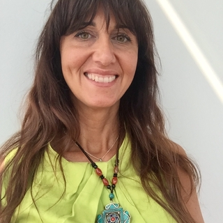Meditation teacher: Daniela Ficarra