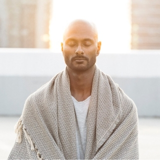 Meditation teacher: Manoj Dias