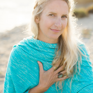 Meditation teacher: Emily Perry