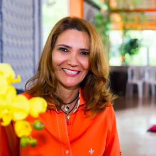Meditation teacher: Neiva Fernandes