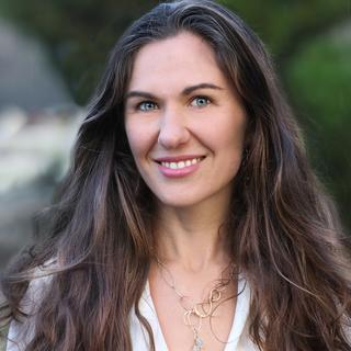 Meditation teacher: Tarika Lovegarden
